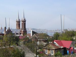 The restored church with one of Vladivostok's new bridges in the background.